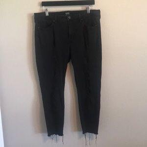 Black Skinny Ankle Distressed Jeans!